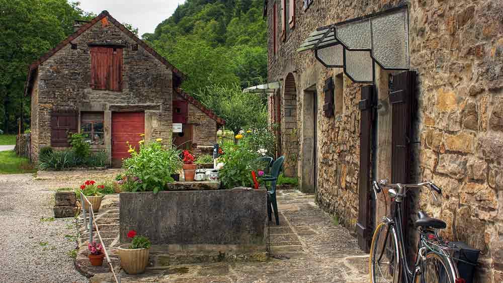 Farmhouse in the Burgundy countryside