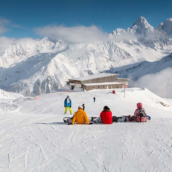 Skiing and snowboarding at a Chamonix resort