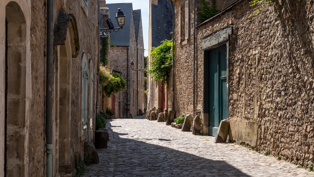 Le Mans old town alley