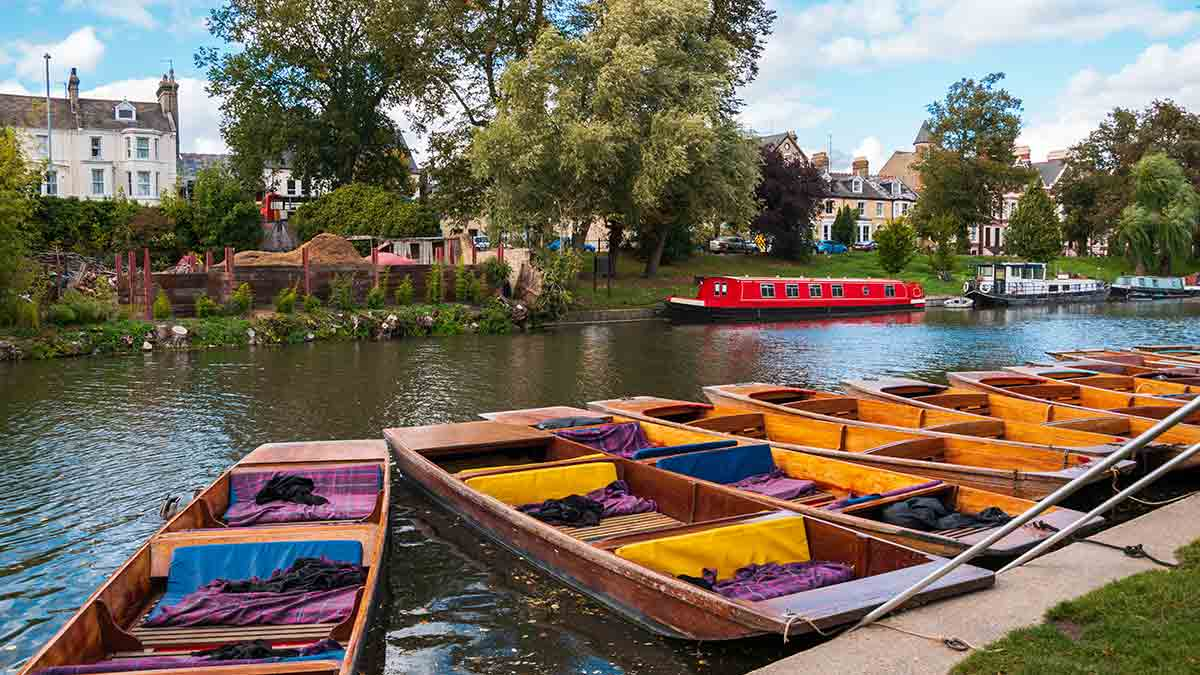 Traditional punts in Cambridge