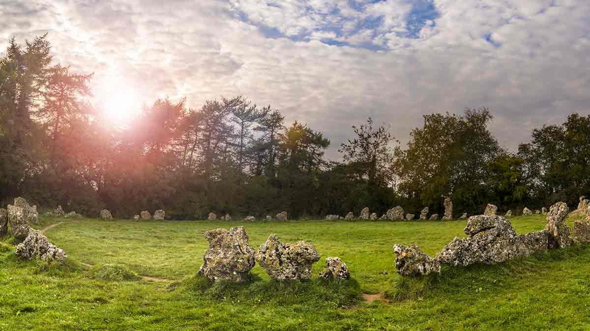 Pierres néolithiques dans l'Oxfordshire en Angleterre
