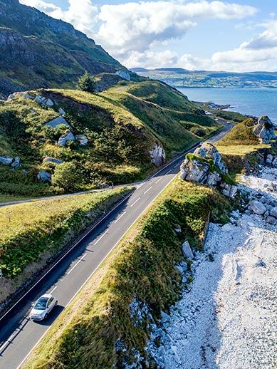 La route côtière de la Chaussée des Géants en Irlande du Nord