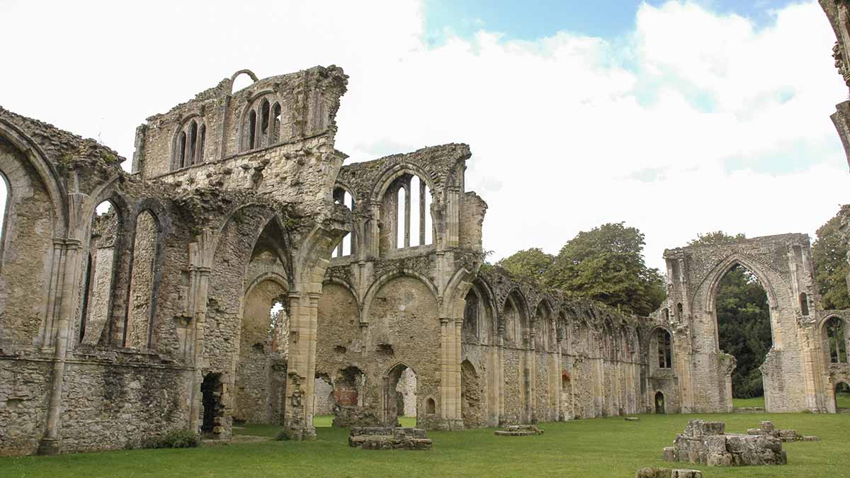 Netley Abbey in Southampton