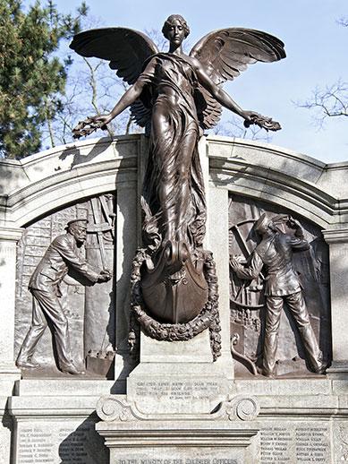 Titanic Engineers Memorial in Southampton