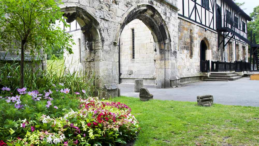 Jardins du musée à York, Yorkshire, Angleterre