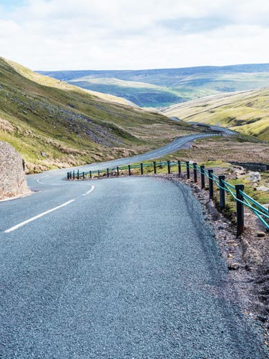 Buttertubs Pass in Cornwall, England