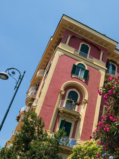 Things to do in Naples - visit Vomero