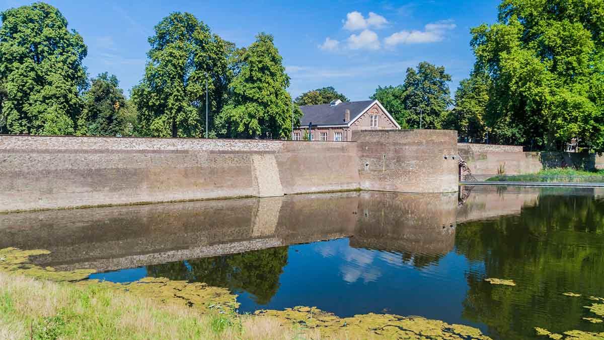Moat in Den Bosch