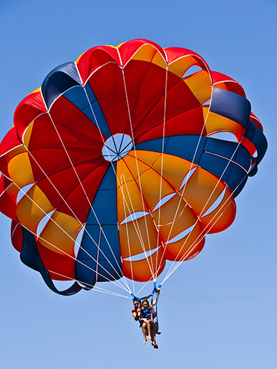 Parachuting in Texel