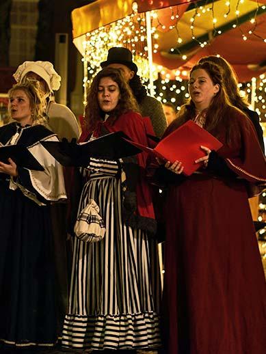 Carol Singers at The Hague at Christmas