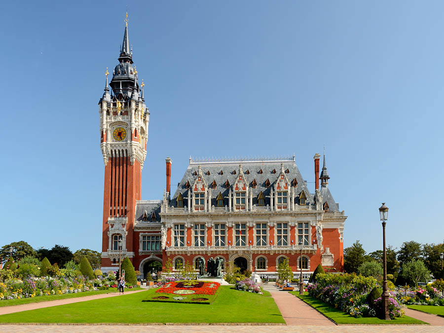 Free day trip offer for bookings made by 20th April 2021 - Calais Town Hall