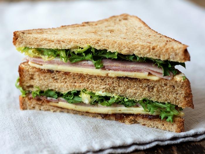 Sélection de sandwichs et de wraps à emporter