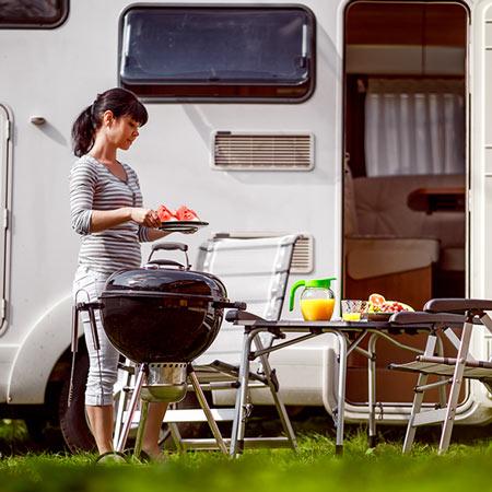 Mit dem Wohnwagen oder Wohnmobil reisen